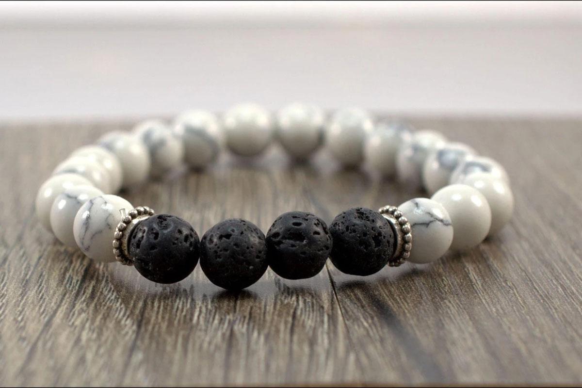 Diffuser bracelet lava stone