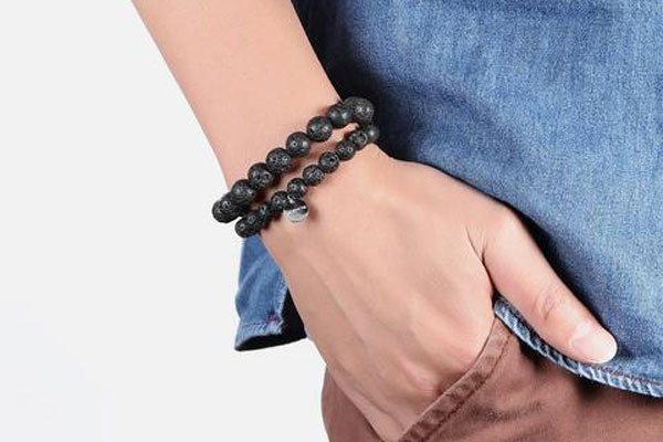 Lava Rock Beads Bracelets used as essential oil diffuser need to be cleaned regularly.