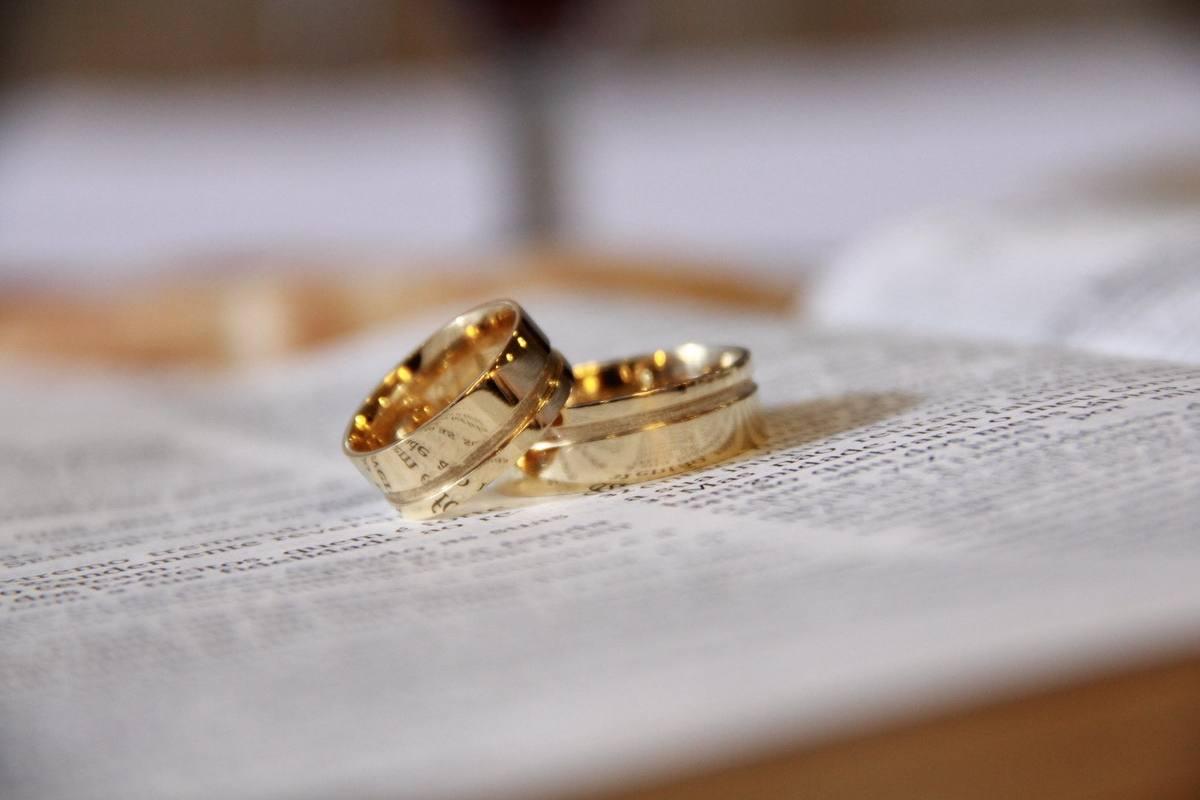 does 14k gold jewelry tarnish?
