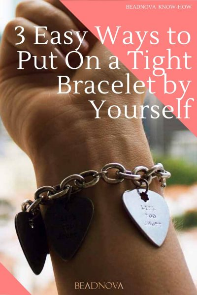 3-Easy-Ways-to-Put-On-a-Tight-Bracelet-by-Yourself
