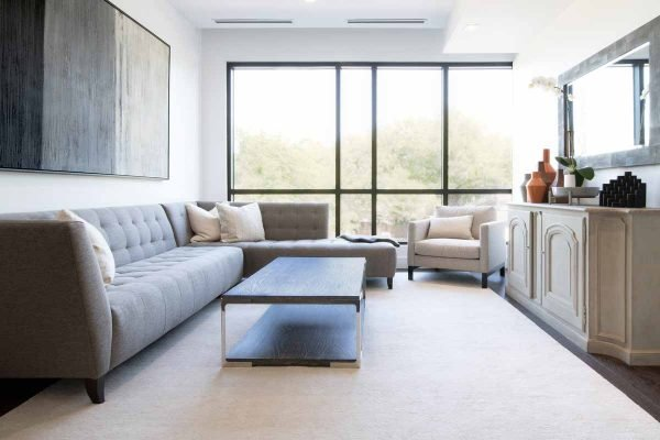 feng shui living room - clear space