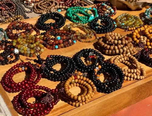 11 Best Types of Natural Wooden Beads for DIY Jewelry Sorted by Colors