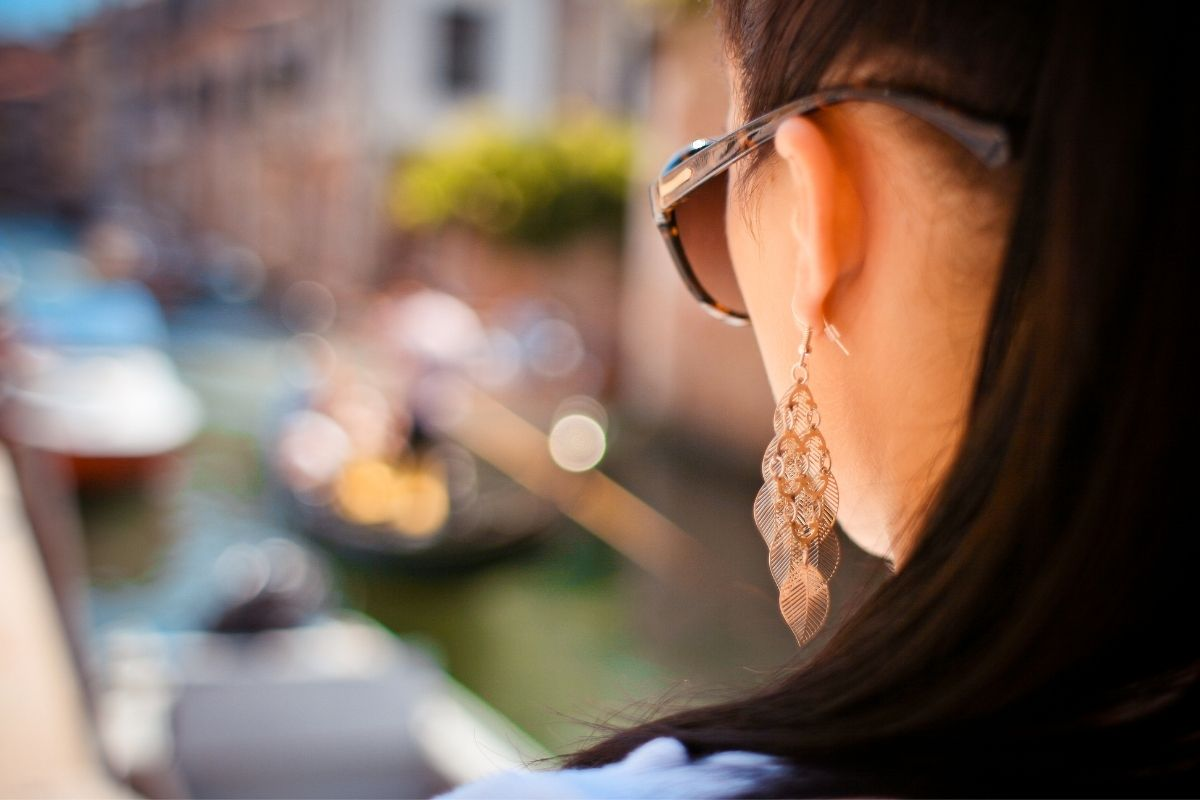 12 earrings styling tricks