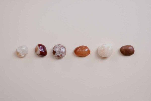 How-to-Use-Crystals-to-Induce-Lucid-Dreaming